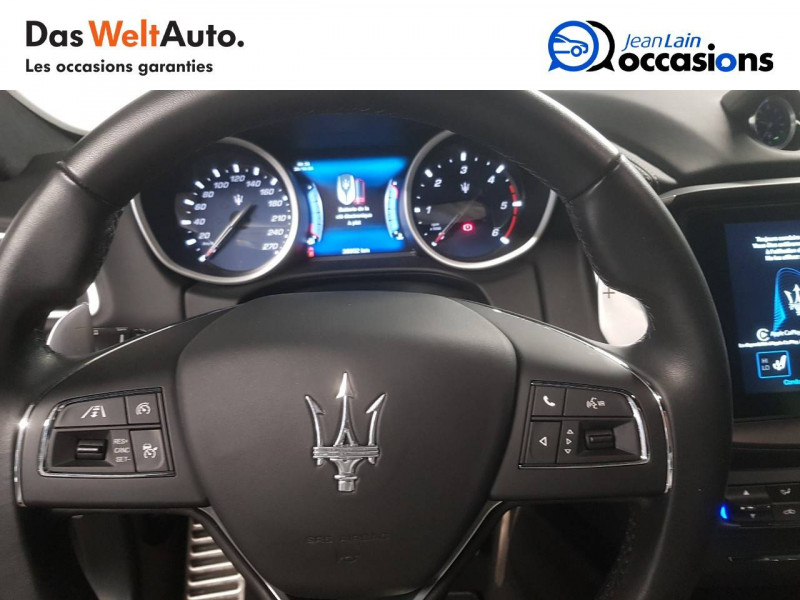 Maserati Ghibli Ghibli 3.0 V6 275 D GranLusso 4p Gris occasion à Seynod - photo n°12