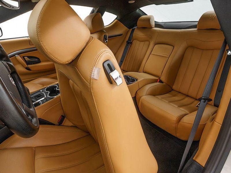 Maserati Gran Turismo 4.2 V8 405 ch Gris occasion à BEAUPUY - photo n°6