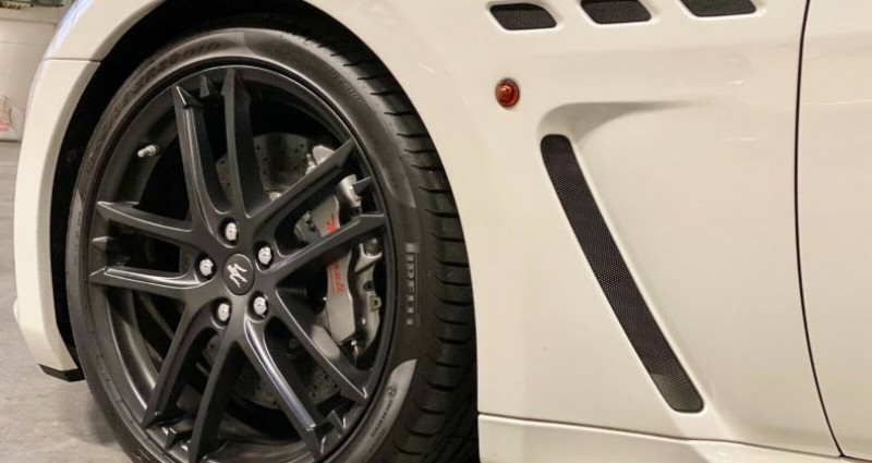 Maserati Gran Turismo 4.7 460ch MC Stradale BVR Blanc occasion à Boulogne-Billancourt - photo n°5