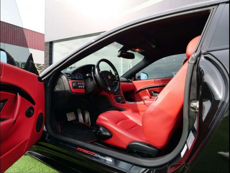 Maserati Gran Turismo 4.7 V8 MC STRADALE 460 ch Noir occasion à BEAUPUY - photo n°4