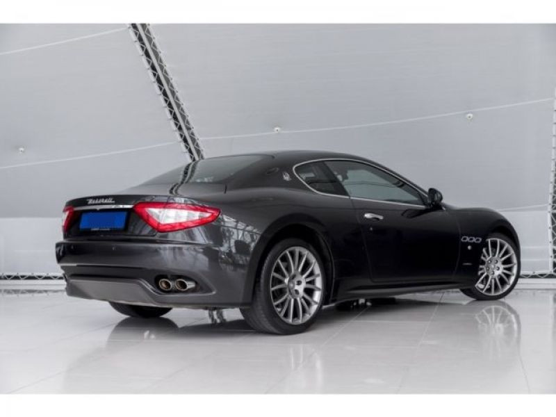 Maserati Gran Turismo 4.7 V8 S 440 ch Noir occasion à BEAUPUY - photo n°2