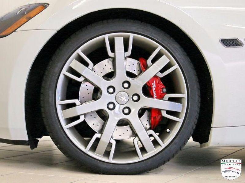 Maserati Gran Turismo 4.7 V8 S 440 ch Blanc occasion à BEAUPUY - photo n°9
