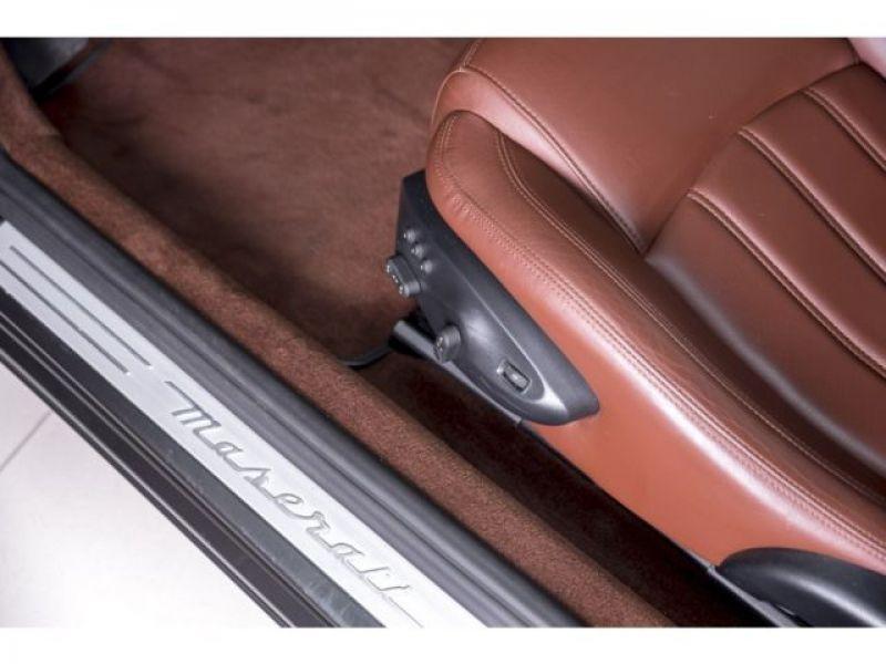 Maserati Gran Turismo 4.7 V8 S 440 ch Noir occasion à BEAUPUY - photo n°4