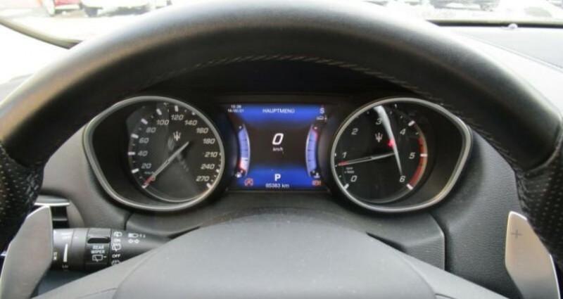 Maserati Levante 1 main * 4x4 Gris occasion à Mudaison - photo n°5