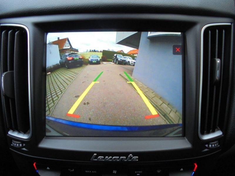 Maserati Levante 3.0 D V6 275 Bleu occasion à BEAUPUY - photo n°9