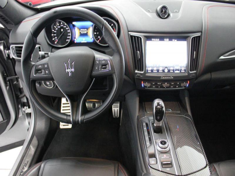 Maserati Levante 3.0 D V6 275 Argent occasion à BEAUPUY - photo n°8