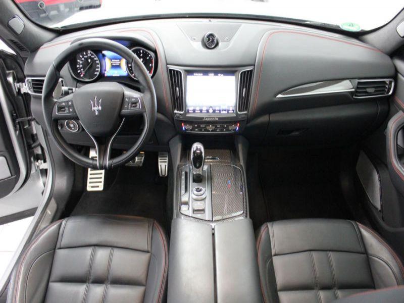 Maserati Levante 3.0 D V6 275 Argent occasion à BEAUPUY - photo n°2