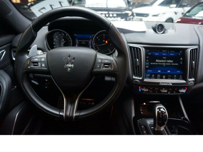Maserati Levante 3.0 D V6 275 Bleu occasion à BEAUPUY - photo n°2