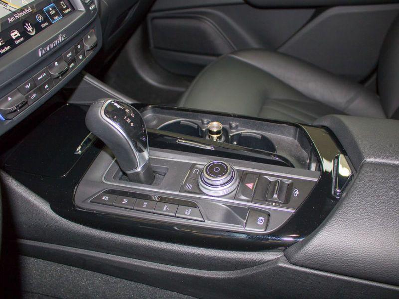 Maserati Levante 3.0 V6 350 Gris occasion à BEAUPUY - photo n°6
