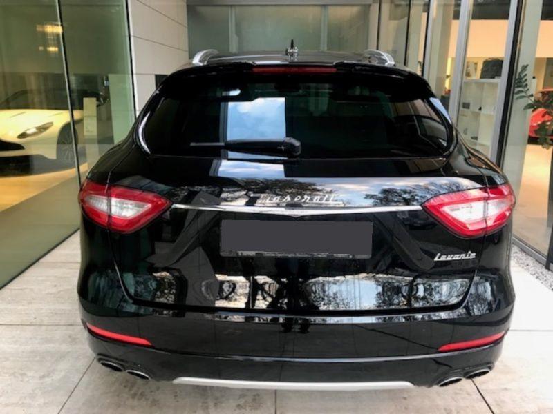 Maserati Levante 3.0 V6 S 430 Noir occasion à BEAUPUY - photo n°7