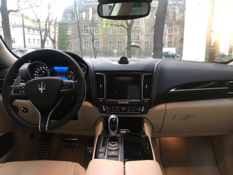 Maserati Levante 3.0 V6 S 430 Noir occasion à BEAUPUY - photo n°2
