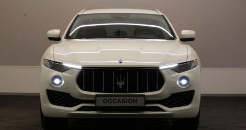Maserati Levante SQ4 3.0 V6 Beige occasion à Petange - photo n°2