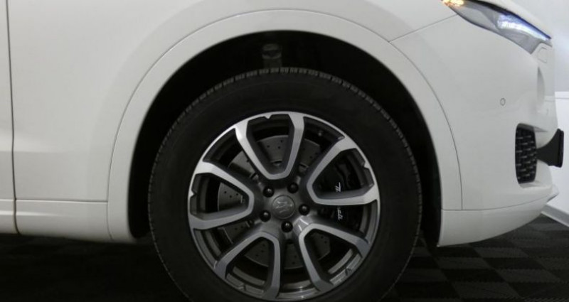 Maserati Levante SQ4 3.0 V6 Beige occasion à Petange - photo n°6