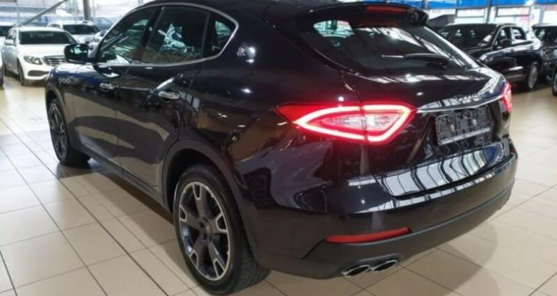 Maserati Levante toit panoramique Noir occasion à Mudaison - photo n°5