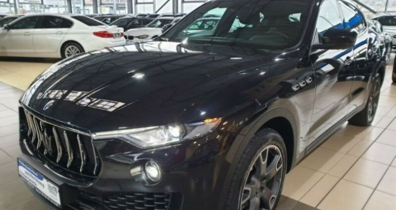 Maserati Levante toit panoramique Noir occasion à Mudaison