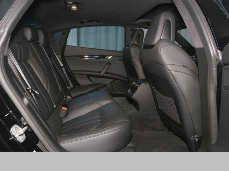 Maserati Quattroporte 3.0 V6 D 275 GranSport Noir occasion à BEAUPUY - photo n°5