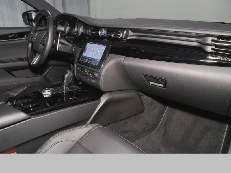 Maserati Quattroporte 3.0 V6 D 275 GranSport Noir occasion à BEAUPUY - photo n°9