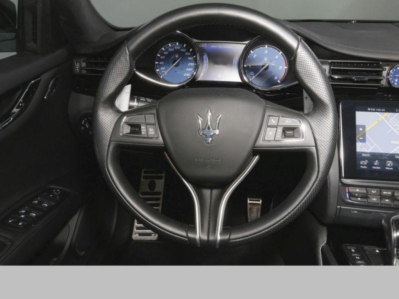 Maserati Quattroporte 3.0 V6 D 275 GranSport Noir occasion à BEAUPUY - photo n°8