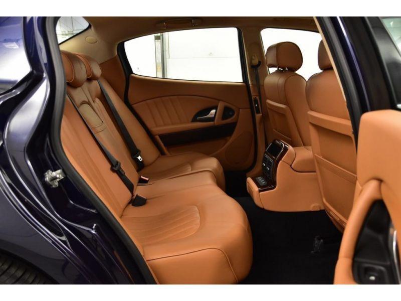 Maserati Quattroporte 4.2 V8 400 ch Noir occasion à BEAUPUY - photo n°4