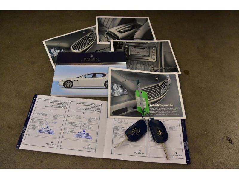 Maserati Quattroporte 4.2 V8 400 ch Noir occasion à BEAUPUY - photo n°8