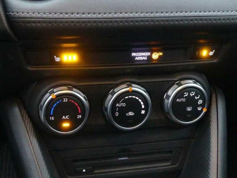 Mazda CX-3 2.0 SkyActiv-G 120 Bleu occasion à Beaupuy - photo n°6