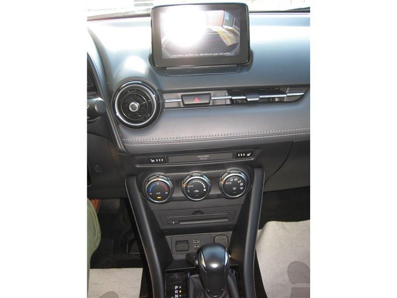Mazda CX-3 2.0L SKYACTIV-G 121 4X2 BVA6 Selection  occasion à St Jean du Falga - photo n°17