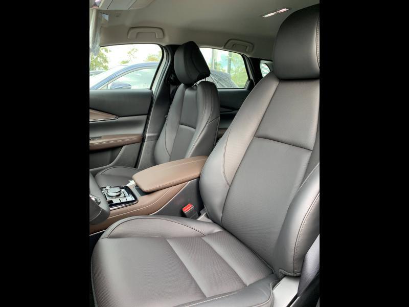 Mazda CX-30 2.0 Skyactiv-G M-Hybrid 122ch Inspiration BVA 2021 Blanc occasion à Mérignac - photo n°2