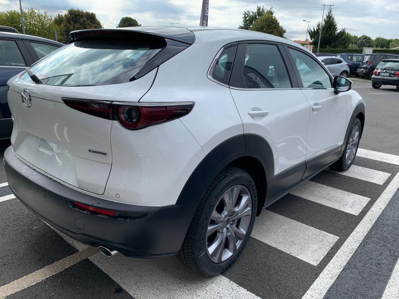 Mazda CX-30 2.0 Skyactiv-G M-Hybrid 122ch Inspiration BVA 2021 Blanc occasion à Mérignac - photo n°8