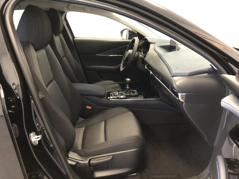 Mazda CX-30 2.0 SKYACTIV-X M-HYBRID 180CH BUSINESS EXECUTIVE Noir occasion à FENOUILLET - photo n°3