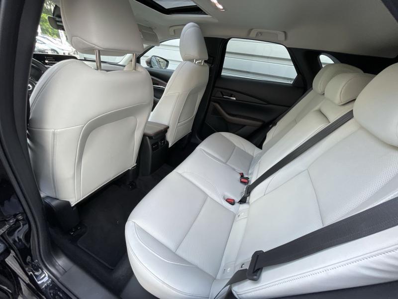 Mazda CX-30 2.0 Skyactiv-X M-Hybrid 180ch Exclusive 2020 Noir occasion à Saint-Brieuc - photo n°8