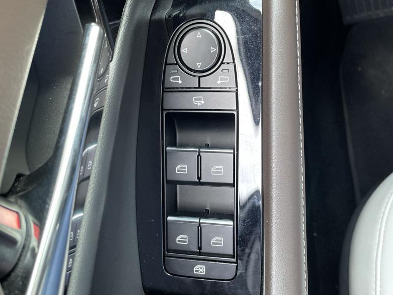 Mazda CX-30 2.0 Skyactiv-X M-Hybrid 180ch Exclusive 2020 Noir occasion à Saint-Brieuc - photo n°9