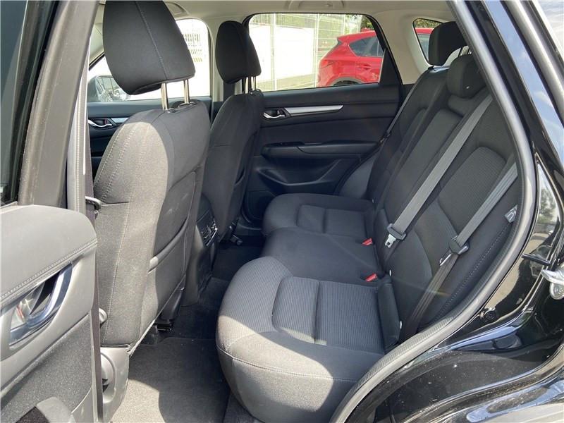 Mazda CX-5 2.2L SKYACTIV-D 150 CH 4X2 Dynamique Noir occasion à Muret - photo n°13