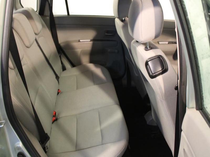 Mazda Mazda 2 1.4 CIDT 70 Vert occasion à Brest - photo n°6