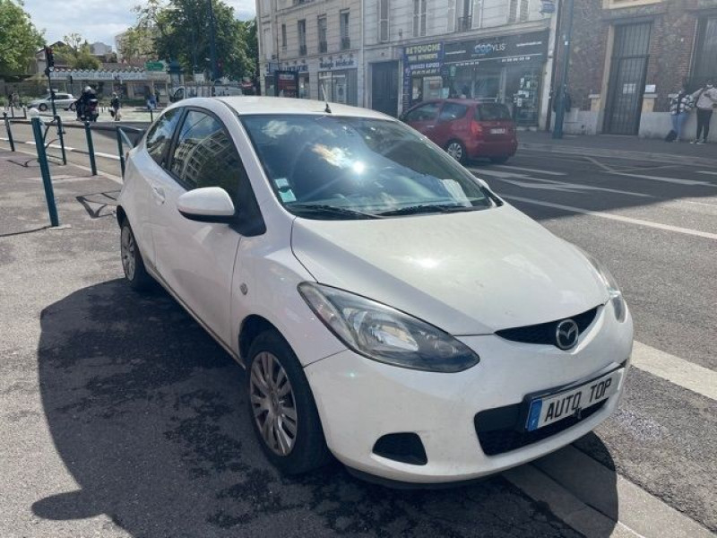 Mazda Mazda 2 1.4 MZ-CD ELEGANCE 3P Blanc occasion à Pantin - photo n°2