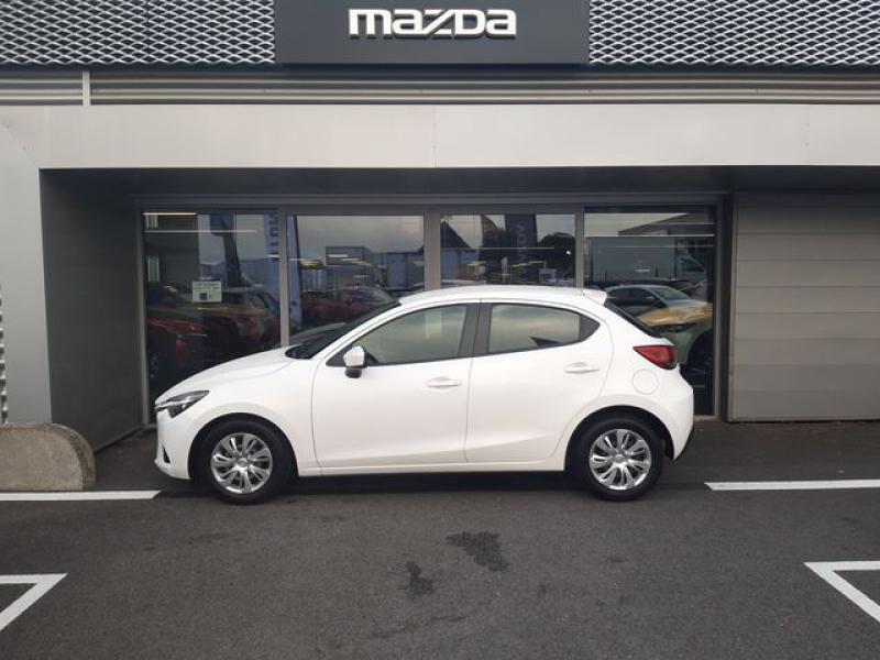 Mazda Mazda 2 1.5 SKYACTIV-G 90 Elégance Blanc occasion à Cesson-Sévigné - photo n°5