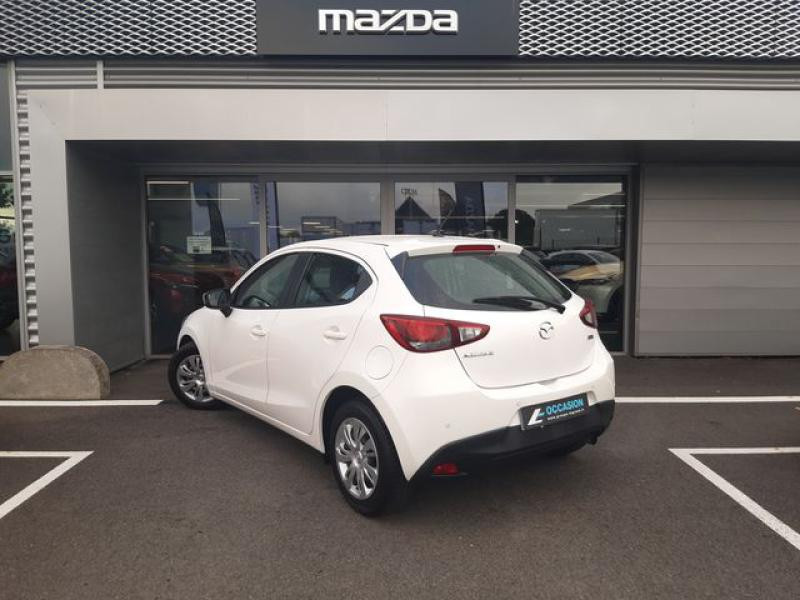 Mazda Mazda 2 1.5 SKYACTIV-G 90 Elégance Blanc occasion à Cesson-Sévigné - photo n°3
