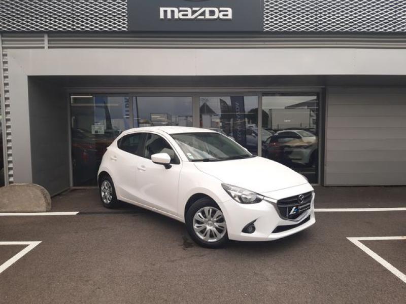 Mazda Mazda 2 1.5 SKYACTIV-G 90 Elégance Blanc occasion à Cesson-Sévigné - photo n°2