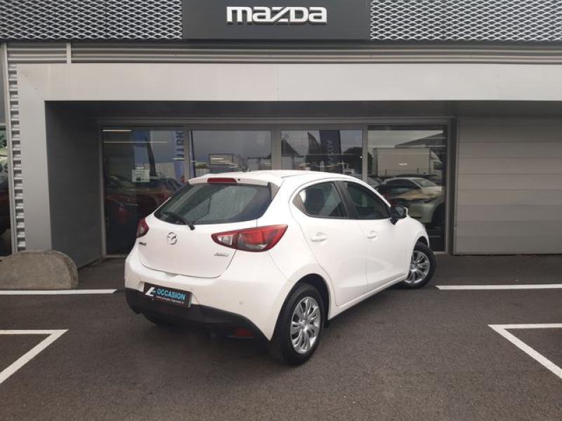 Mazda Mazda 2 1.5 SKYACTIV-G 90 Elégance Blanc occasion à Cesson-Sévigné - photo n°4