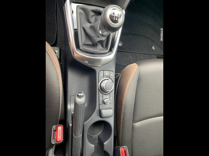 Mazda Mazda 2 1.5 SKYACTIV-G M Hybrid 90ch Elégance 5cv  occasion à Mérignac - photo n°6