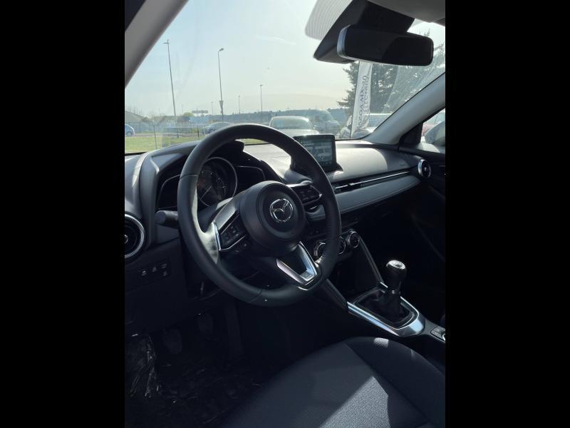 Mazda Mazda 2 1.5 SKYACTIV-G M-Hybrid 90ch Sélection 5cv Noir occasion à Mérignac - photo n°4