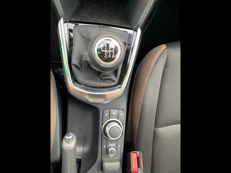 Mazda Mazda 2 1.5 SKYACTIV-G M-Hybrid 90ch Signature 5cv  occasion à Mérignac - photo n°6