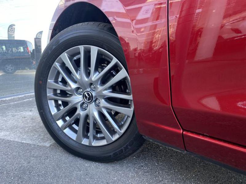 Mazda Mazda 2 1.5 SKYACTIV-G M-Hybrid 90ch Signature  occasion à Saint-Herblain - photo n°9