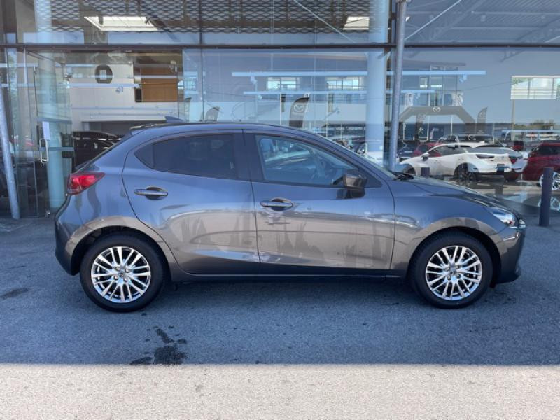 Mazda Mazda 2 1.5 SKYACTIV-G M-Hybrid 90ch Signature  occasion à Saint-Herblain - photo n°4