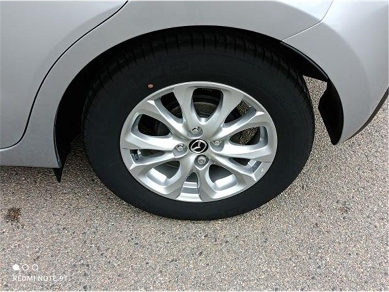 Mazda Mazda 2 1.5L SKYACTIV-G 90CH Dynamique Argent occasion à PERPIGNAN - photo n°8