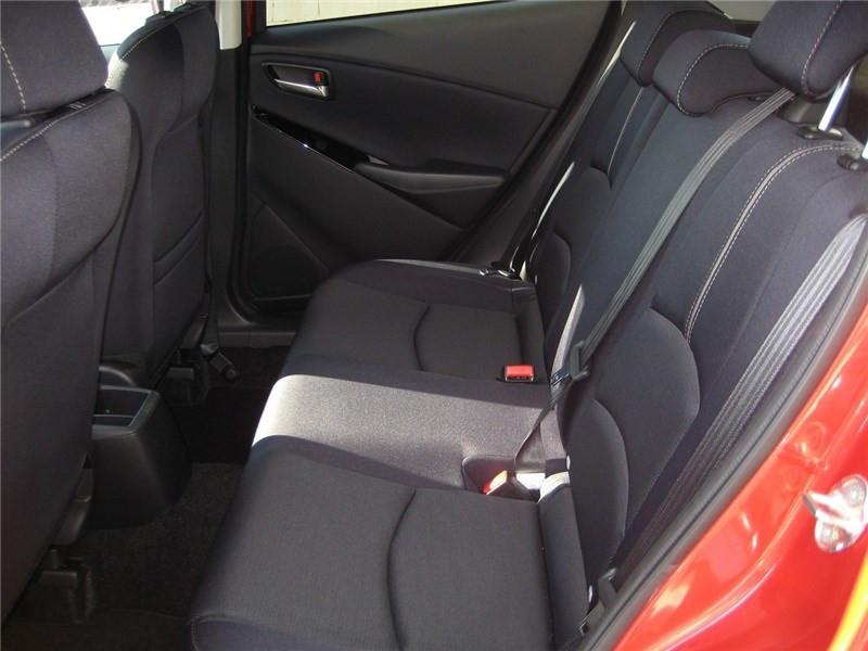 Mazda Mazda 2 1.5L SKYACTIV-G M HYBRID 90CH Selection  occasion à St Jean du Falga - photo n°9