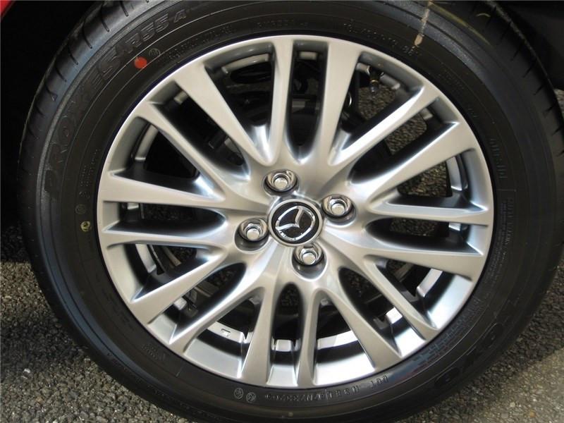Mazda Mazda 2 1.5L SKYACTIV-G M HYBRID 90CH Selection  occasion à St Jean du Falga - photo n°7