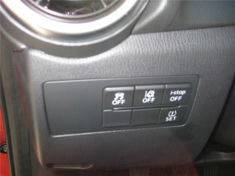 Mazda Mazda 2 1.5L SKYACTIV-G M HYBRID 90CH Selection  occasion à St Jean du Falga - photo n°12
