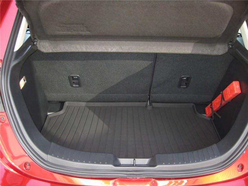 Mazda Mazda 2 1.5L SKYACTIV-G M HYBRID 90CH Selection  occasion à St Jean du Falga - photo n°10
