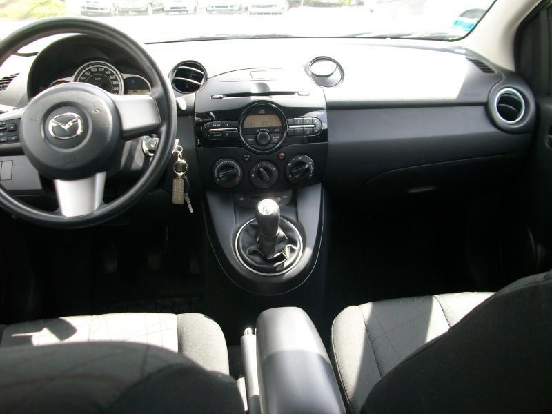 Mazda Mazda 2 elegance mz cd 95  occasion à Brest - photo n°7