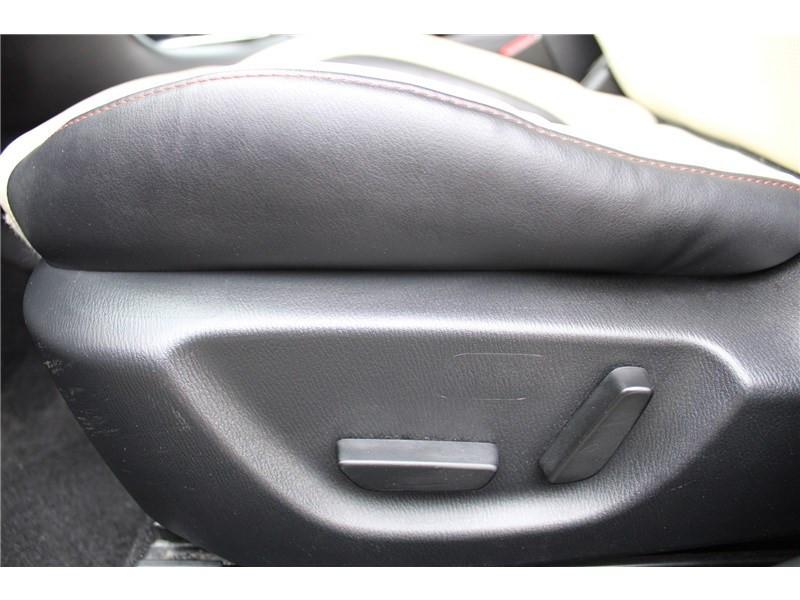 Mazda Mazda 3 1.5L SKYACTIV-D 105CH Selection Noir occasion à Muret - photo n°14